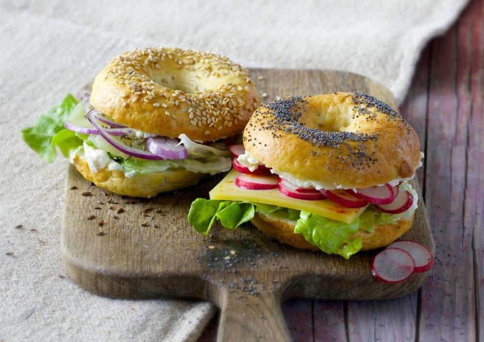 059 kaese bagels jpg-1018940-700-990-0
