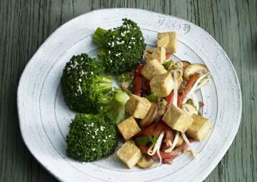 099 1 tofu pfanne jpg-1018868-700-990-0