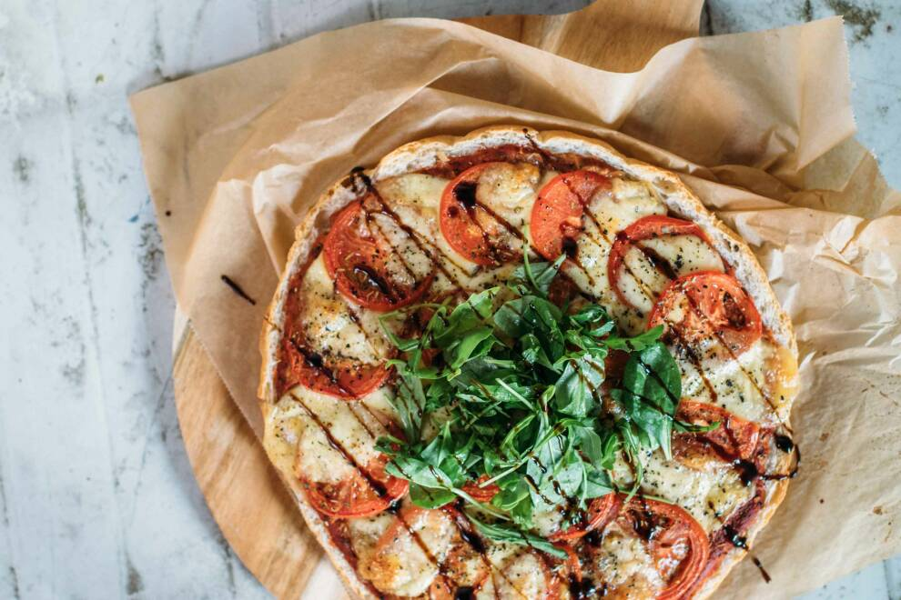 2 fladenbrot-pizza-tomate-mozzarella-12