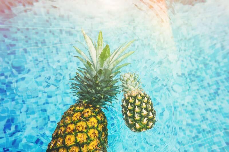 Wer gesund abnehmen will, sollte die Finger von Trend-Diäten, wie zum Beispiel der Ananas-Diät, lassen.
