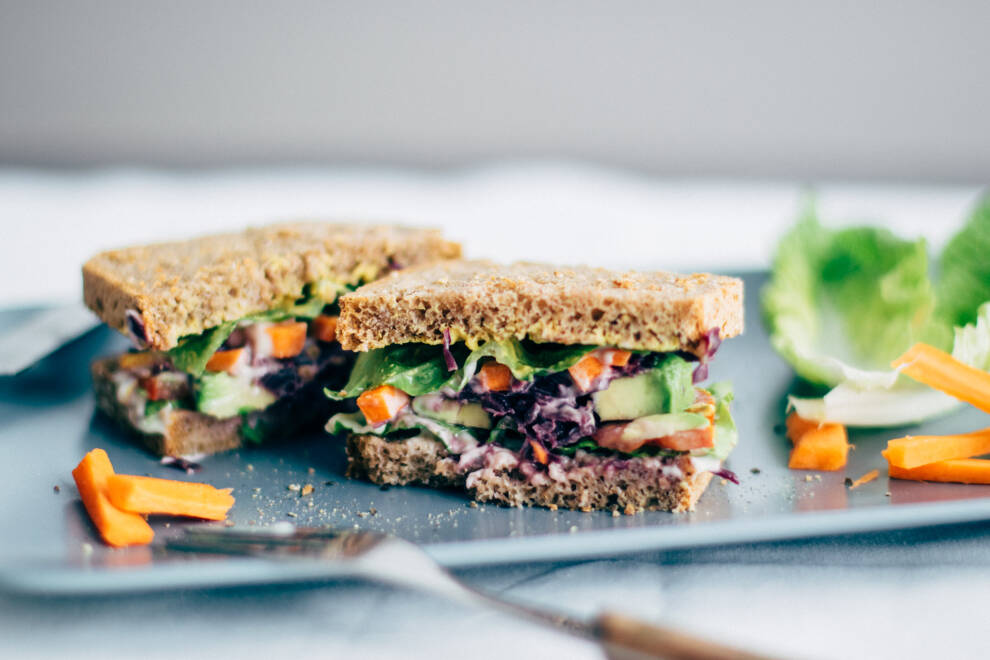 Avocado-Veggie-Sandwich