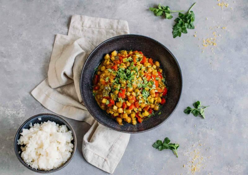 Corona-Kochplan: Kichererbsen-Zucchini-Curry