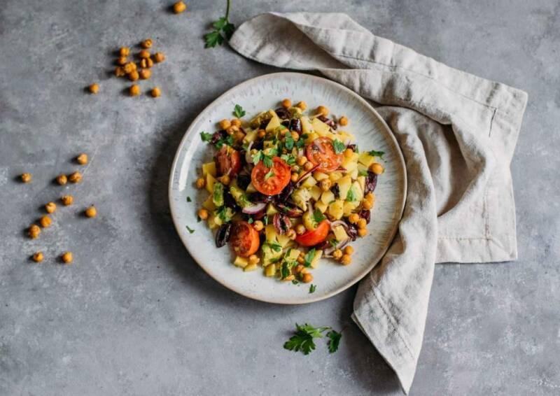 Corona Kochplan Tag 2: Knusprig bunter Kartoffelsalat