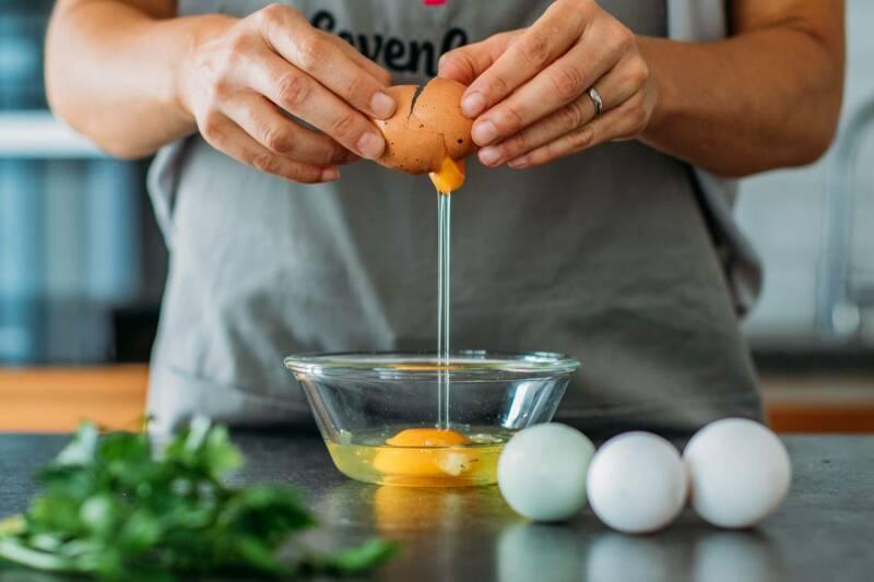 Eier schlagen