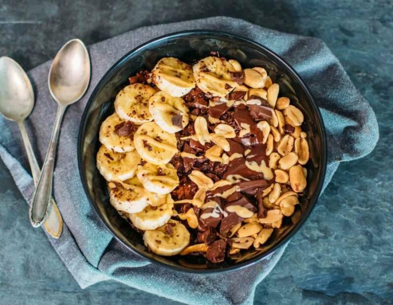 Erdnussbutter Frühstücksbowl