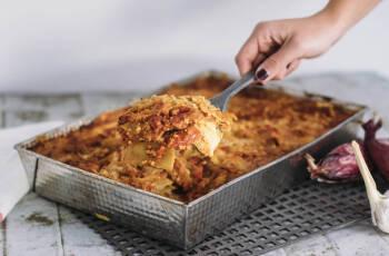 Vegane Lasagne mit Lupinen, der einheimischen Eiweißbombe