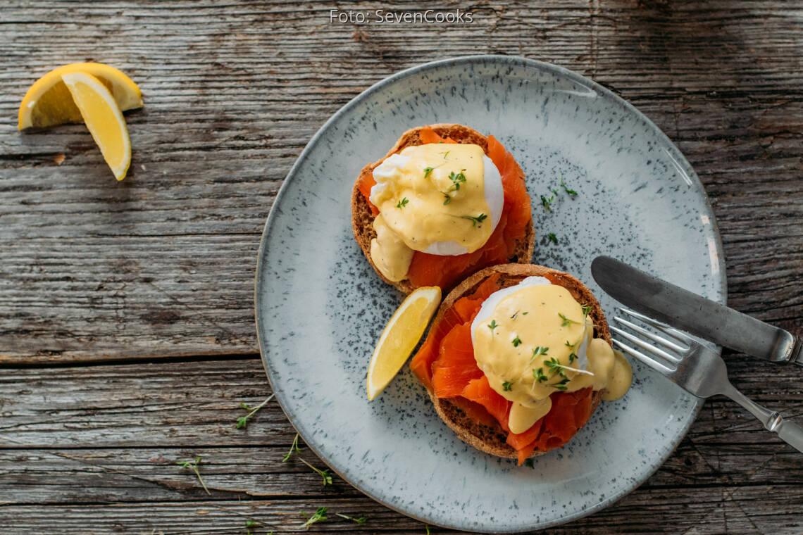 Flexitarisches Rezept: Eggs Benedict mit Lachs 1