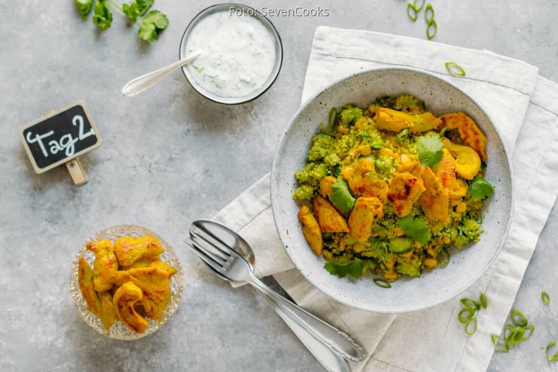 Flexitarisches Rezept: Golden Meal-Prep 2: Couscoussalat mit Hähnchenstreifen_1_Schild