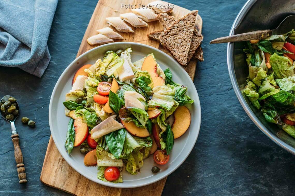 Flexitarisches Rezept: Pfirsich-Forellen-Salat 1