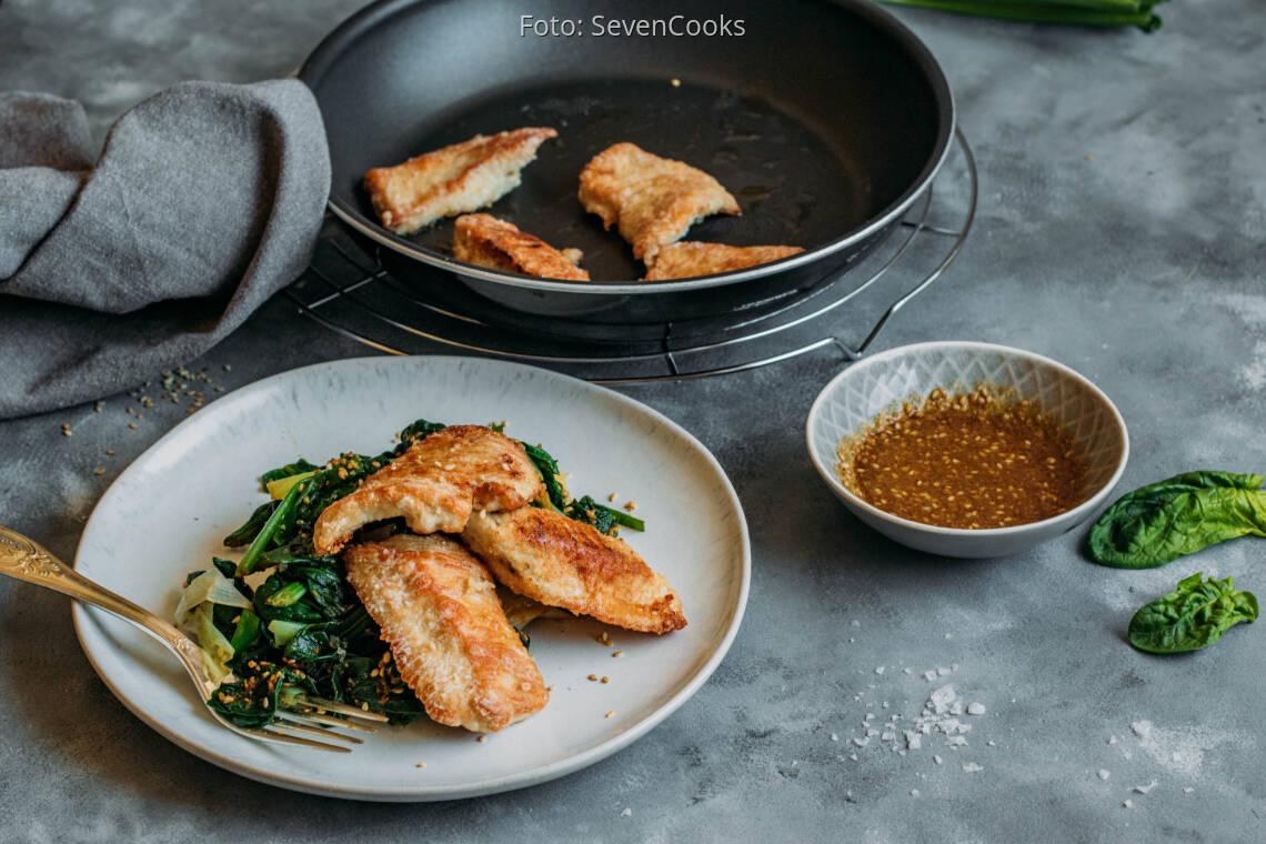 Flexitarisches Rezept: Putenschnitzel mit Spinat Gomae 1