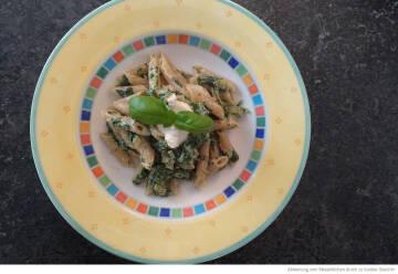 Food-Foto buntes Geschirr