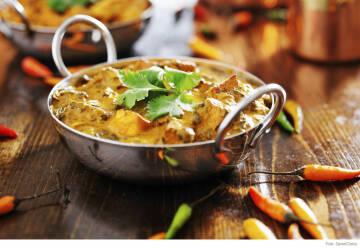 Food Trends - Auberginen Curry vegan