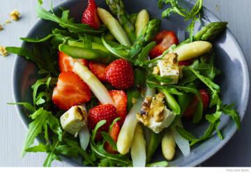 Food Trends Erdbeer Spargel Salat