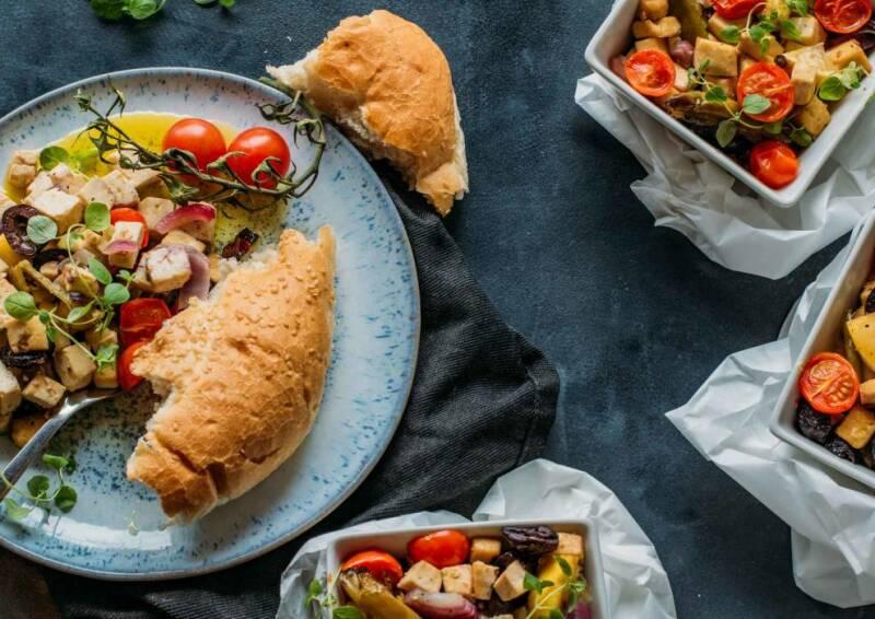 Gegrillter Tofu griechischer Art