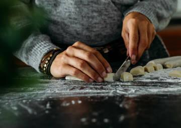 Gnocchi schneiden