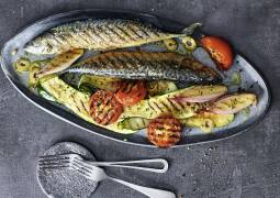 Grillmakrele mit mediterranem Gemüse