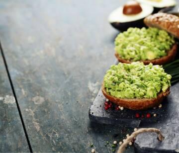 Grillsaucen und Dips: avocado dip-1021078-770-900-0