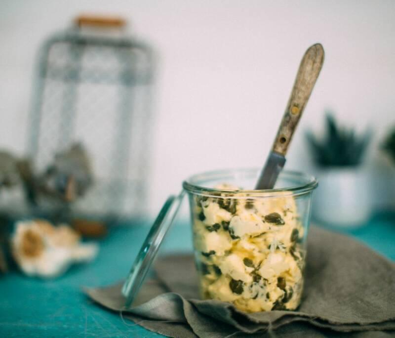 Grillsaucen und Dips: kapern butter starbild-1025311-770-900-0