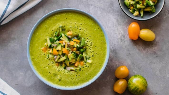 Vegan durch die Woche mit One Pot Pasta und grüner Gazpacho