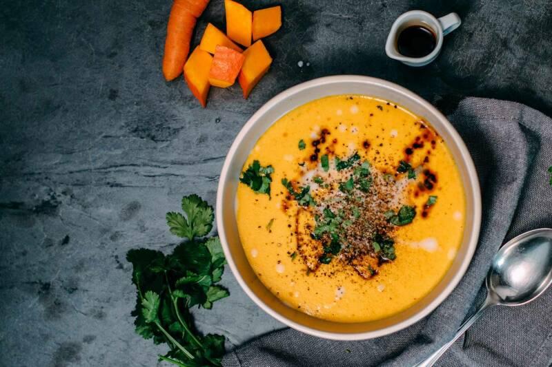 Ingwer-Kokos-Kürbis-Suppe