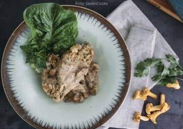 Interview Kochen für Gruppen: brezenknoedel mit pfifferlingrahmsosse