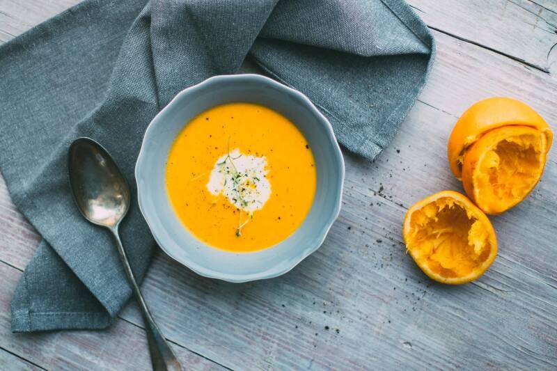 Karotten wieder knackig machen: Suppe