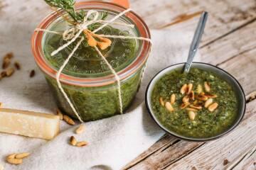 Karottengrün-Pesto