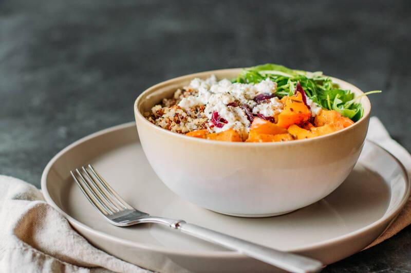 Kürbis-Quinoa-Bowl (5a von 12)