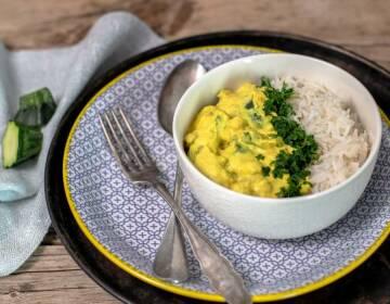 Mandel-Zucchini-Curry