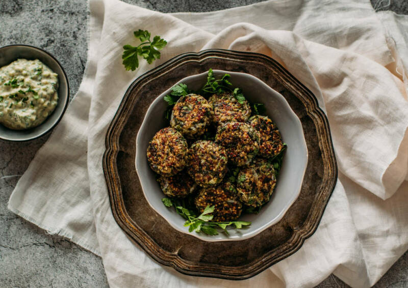 Mangold-Quinoa-Bratlinge