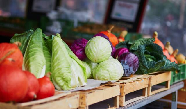 Regionales und saisonales Gemüse vom Markt