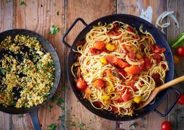pasta mit ofentomaten sugo-1030857-700-990-0