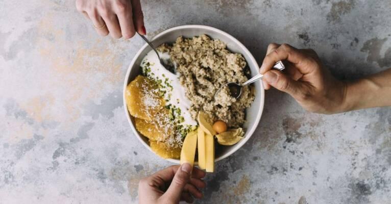 So leicht machst du dein Porridge selbst