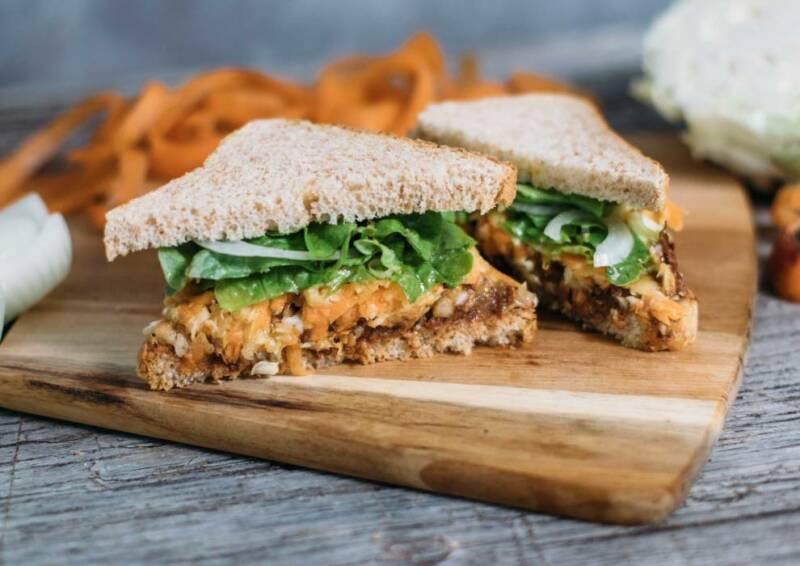 Pulled-Jackfruit-Sandwich