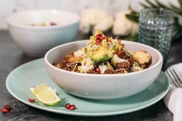 Quinoa Blumenkohl Bowl