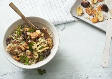 Quinoa-Salat mit Ofengemüse