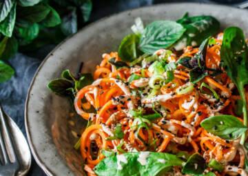 Rohe Karotten-Spaghetti