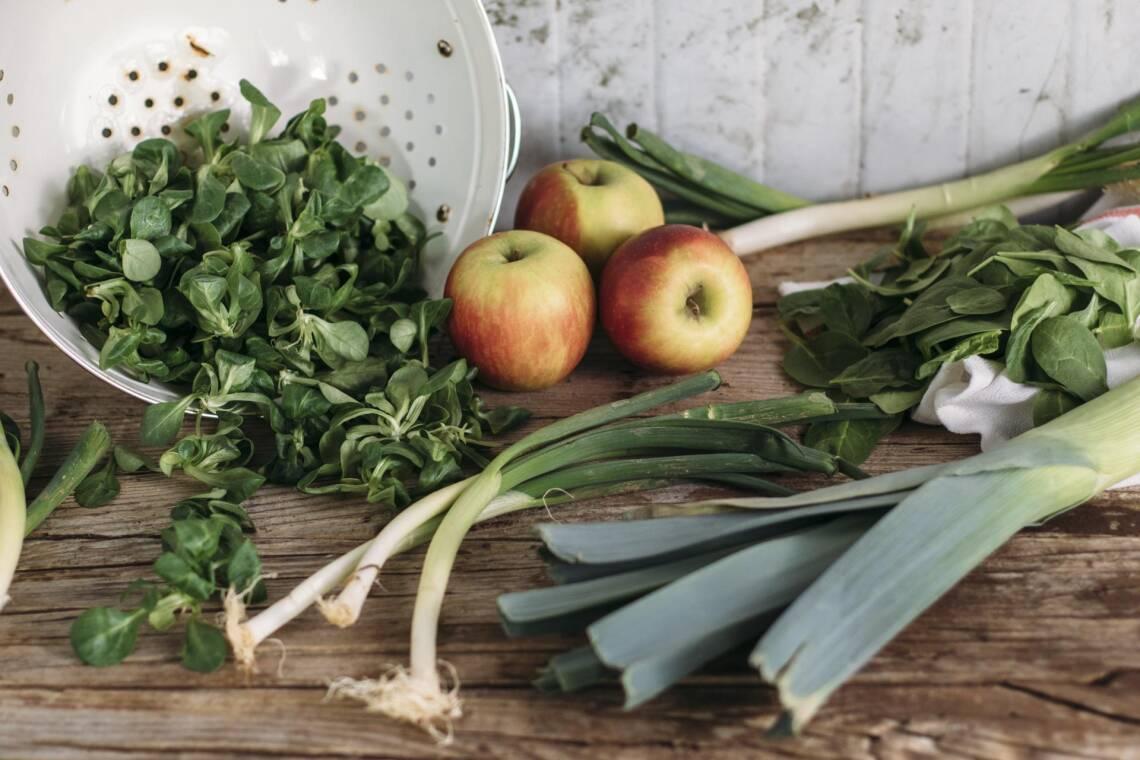 Saisonales Obst und Gemüse im April: Diese Zutaten gibt's aus der Region