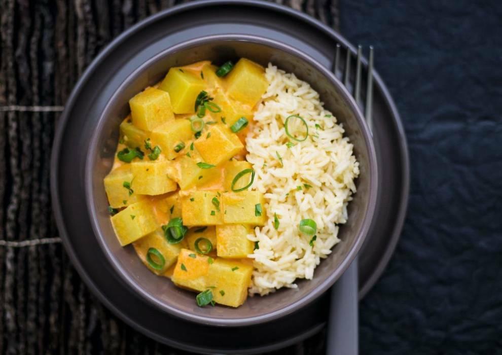 Steckrüben-Kokos-Curry