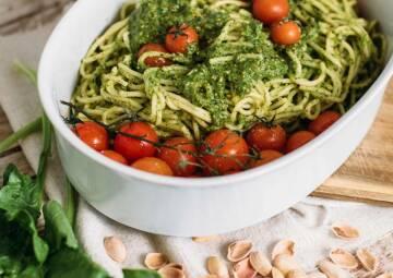 Veganes Pesto mit Spinatsoße