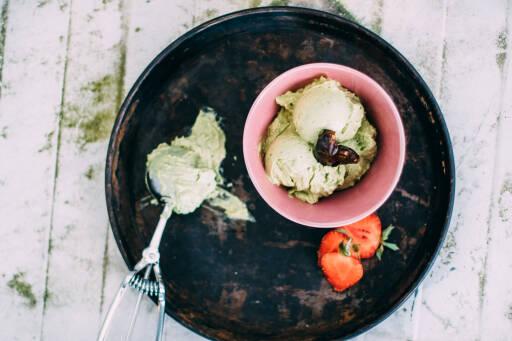 Veganes Rezept: Avocado-Cashew-Eis
