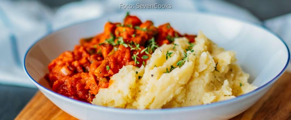 Veganes_Rezept:_Bohnen_mit_Räuchertofu_und_Kartoffelstampf_3