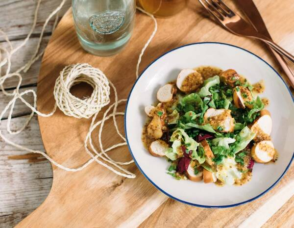 Rezept für einen bayerischen Brezn-Salat - von SevenCooks