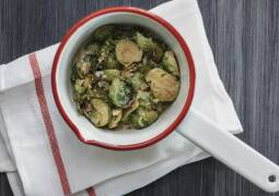 Veganes Rezept: Cremige Rosenkohlsauce