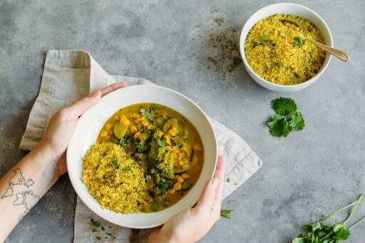 Curry mit Couscoussalat