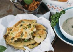 Veganes Rezept: Dinkel-Fladenbrot aus der Pfanne
