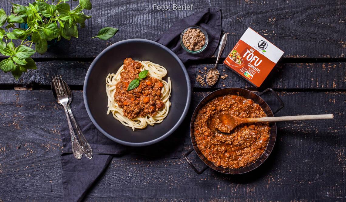 Veganes Rezept: Einfache vegane Bolognese mit Spaghetti von Berief