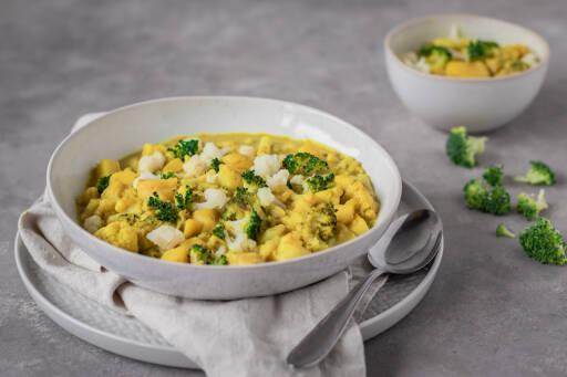 Veganes Rezept: Einfaches Gemüse-Curry in Kokosmilch 1