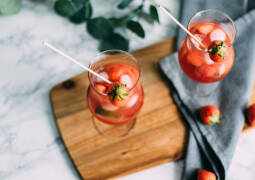 Veganes Rezept: Erdbeer-Spritz