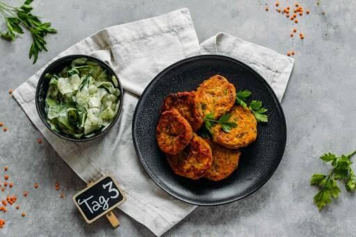 Veganes Rezept: Family Meal-Prep 3: Linsenfrikadellen mit Gurkensalat_1_Schild